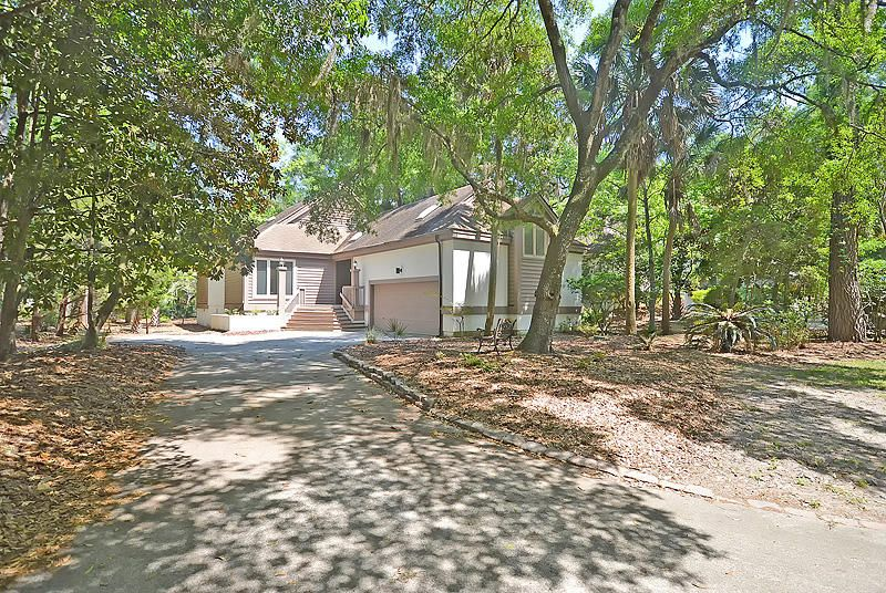 2758  Old Oak Walk Johns Island, SC 29455