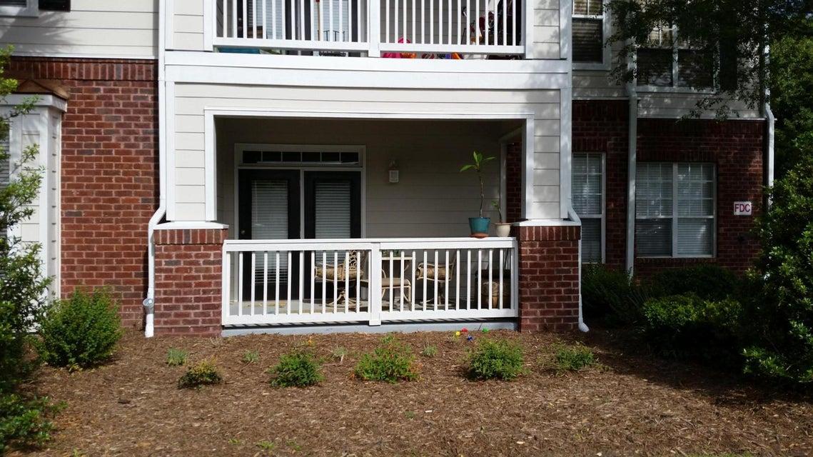 45 W Sycamore Avenue Charleston, SC 29407