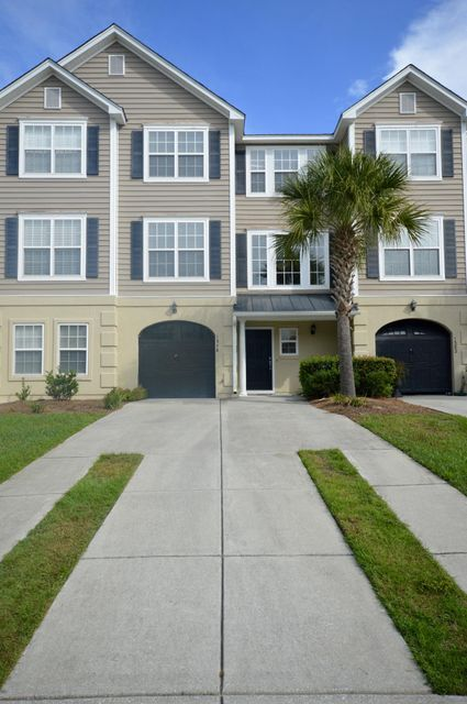 1378  Hamlin Park Circle Mount Pleasant, SC 29466