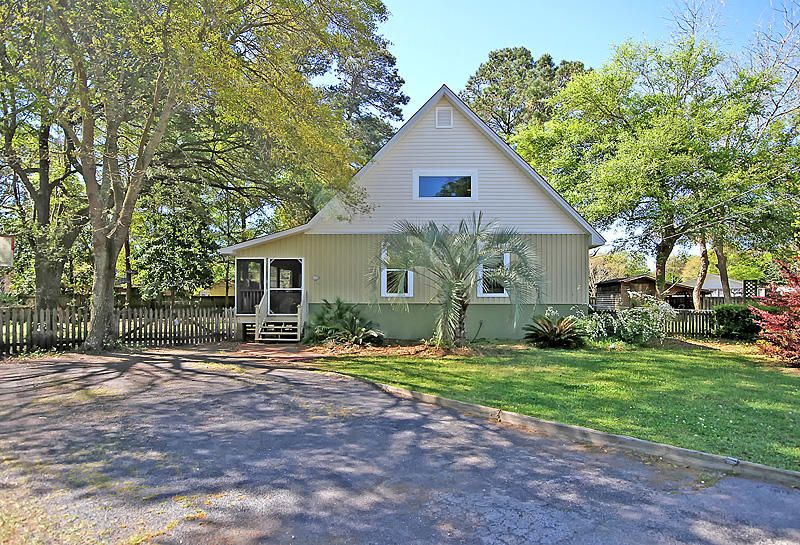 1325  Lonnie Circle Mount Pleasant, SC 29464
