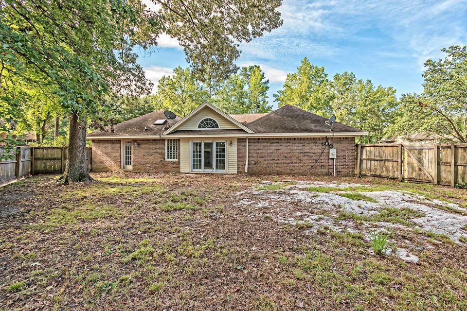 100  Knottingham Drive Goose Creek, SC 29445