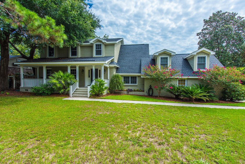 672  Pawley Road Mount Pleasant, SC 29464