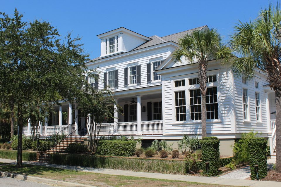 218 N Shelmore Boulevard Mount Pleasant, SC 29464