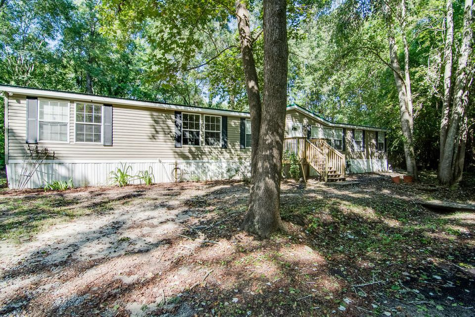161  Mapleridge Drive Goose Creek, SC 29445