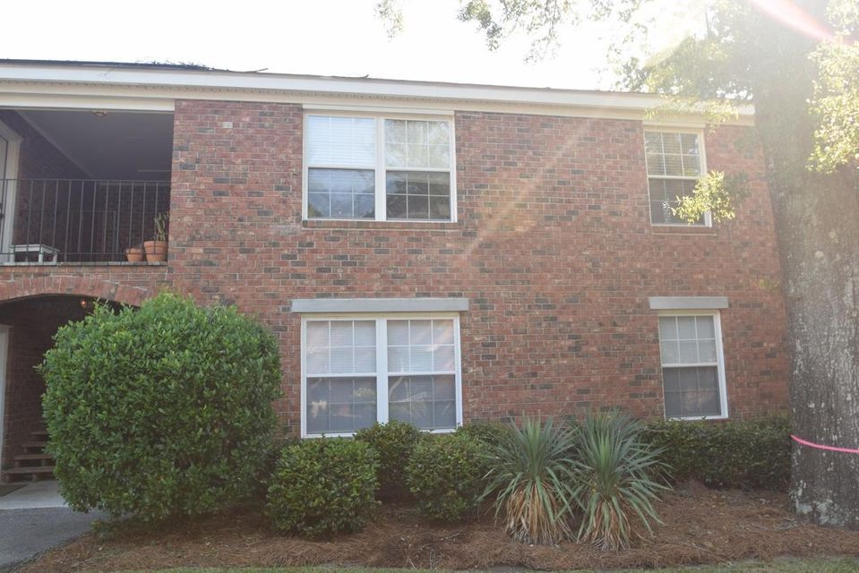 1240  Fairmont Avenue Mount Pleasant, SC 29464