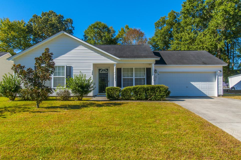120  Houston Dr Ladson, SC 29456