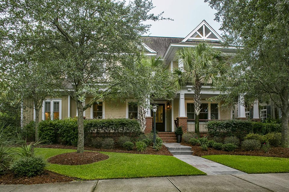 607  Island Park Drive Charleston, SC 29492