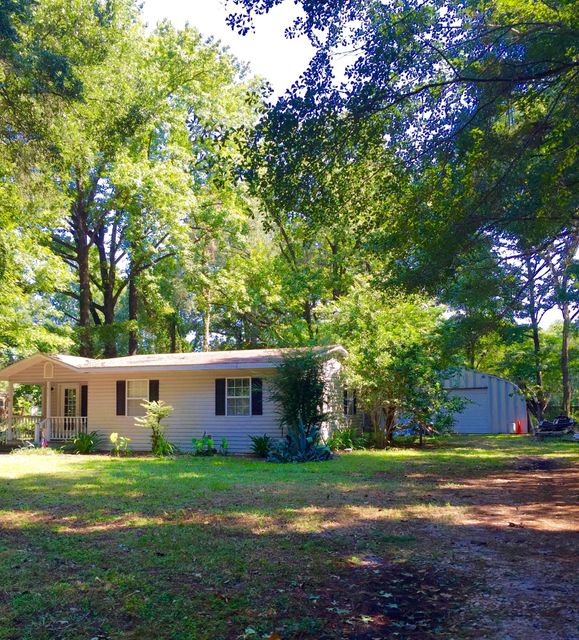 1827  Pineland Drive Johns Island, SC 29455