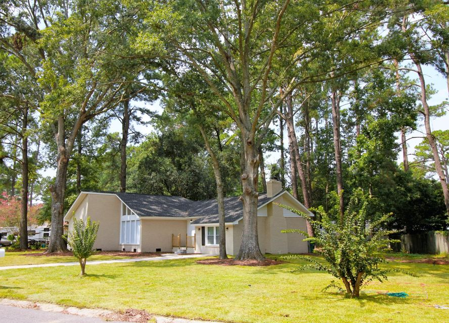 607  Old Golf Road Summerville, SC 29483