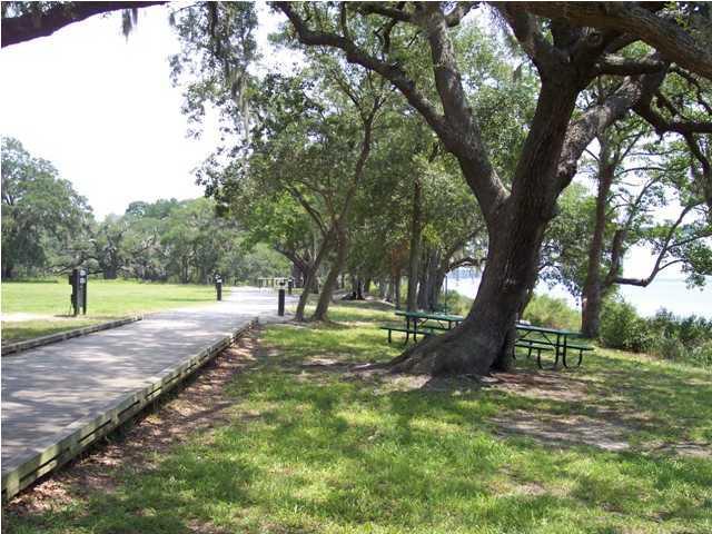 1868  Pierce Street Daniel Island, SC 29492
