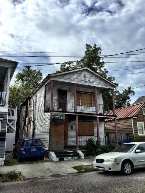 25  Kennedy Street Charleston, SC 29403