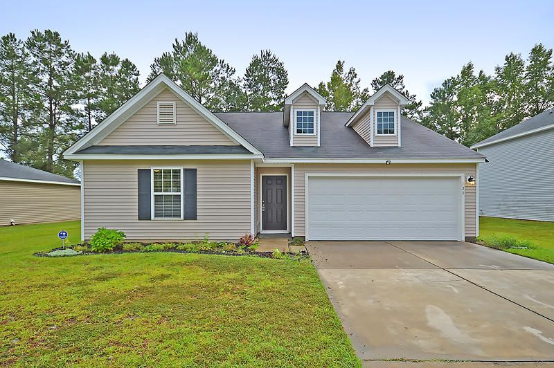 123  St Charles Way Goose Creek, SC 29445