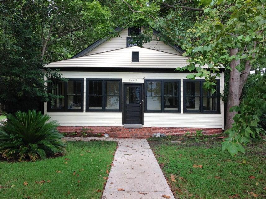 1920  Beechwood Road Charleston, SC 29414