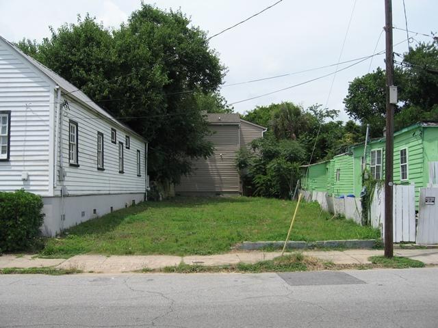 99 N Hanover Street Charleston, SC 29403