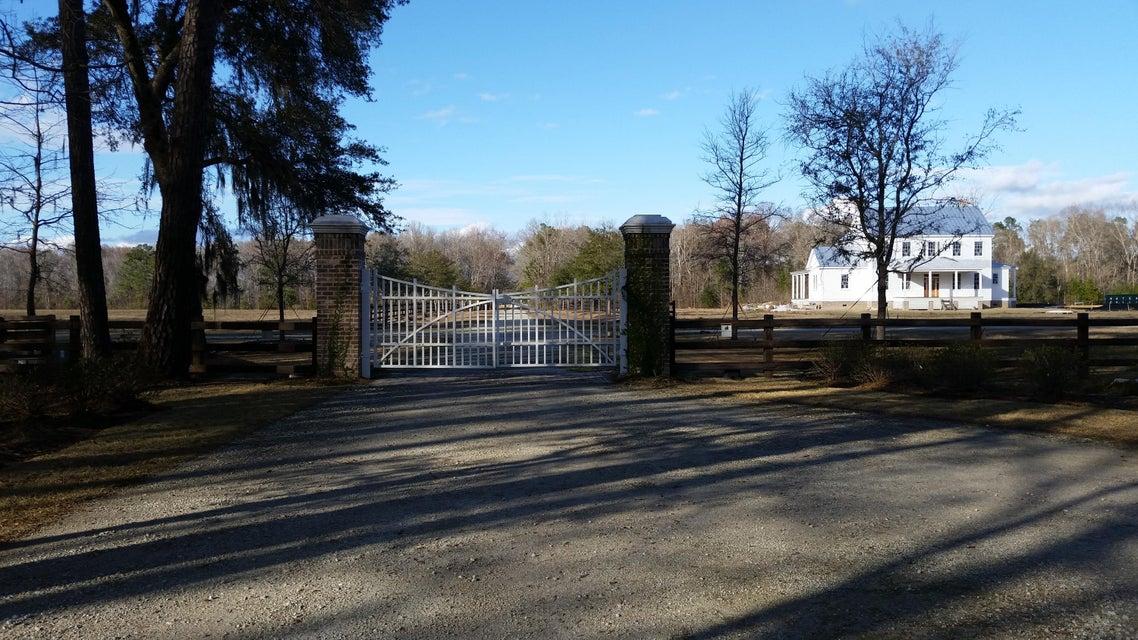 1  Saddlehorn Drive Ravenel, SC 29470