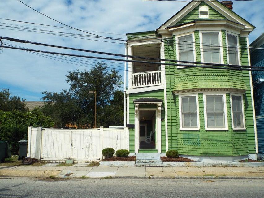 106  Columbus Street Charleston, SC 29403