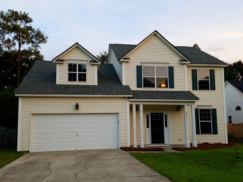 2081  Country Manor Drive Mount Pleasant, SC 29466