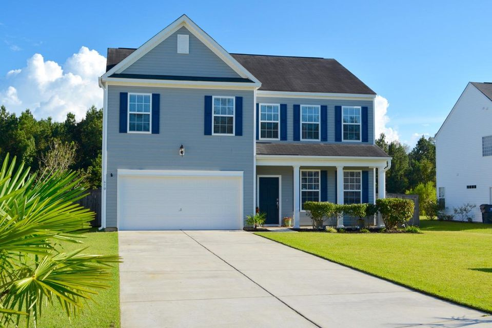 610  English Oak Circle Moncks Corner, SC 29461