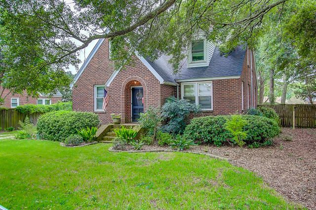 15  Oakdale Place Charleston, SC 29407
