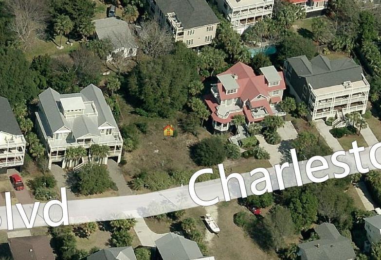 109  Charleston Boulevard Isle Of Palms, SC 29451