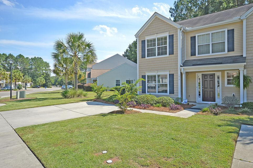 1215  Island Club Drive Charleston, SC 29492