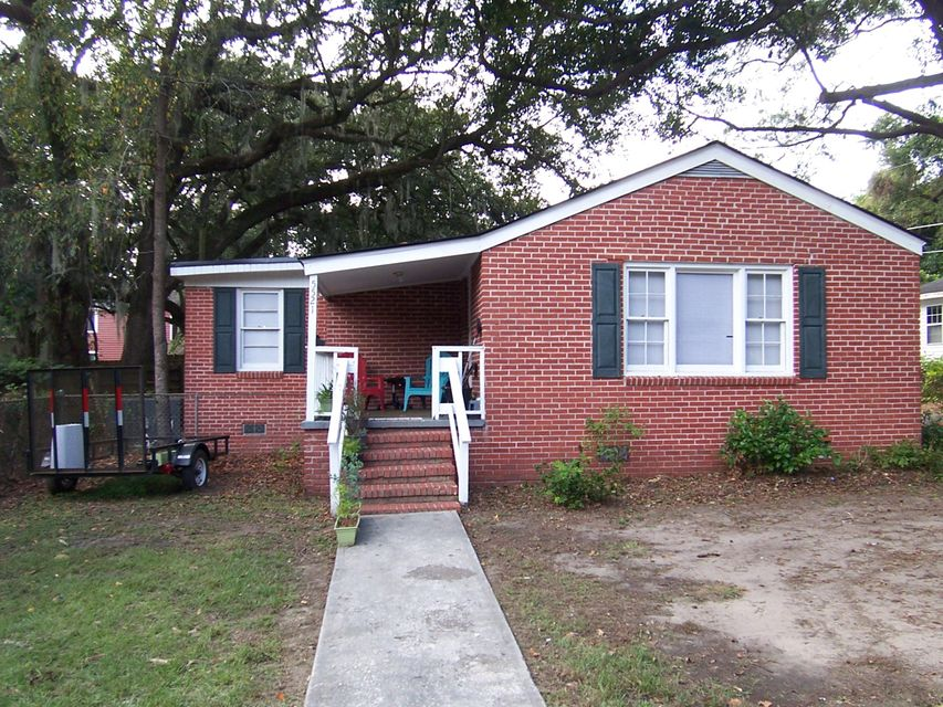 5521  Garrett Avenue North Charleston, SC 29406