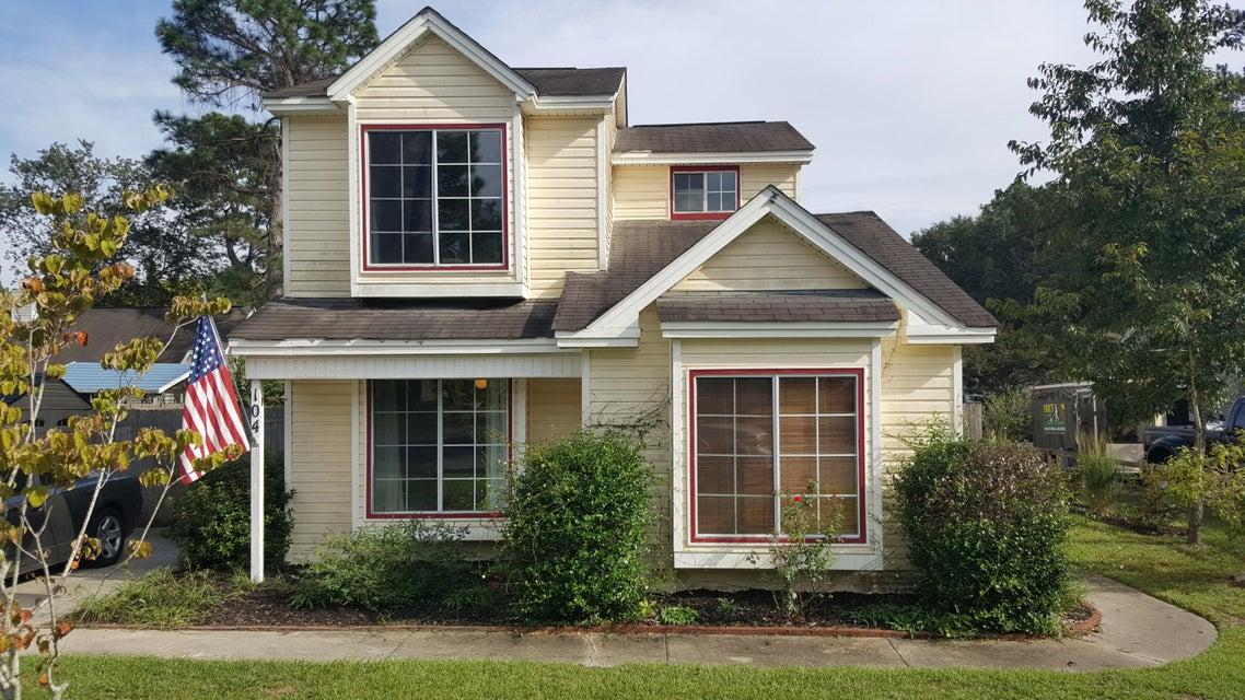 104  Lotus Court Summerville, SC 29486