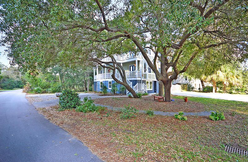 276  Bayview Drive Mount Pleasant, SC 29464