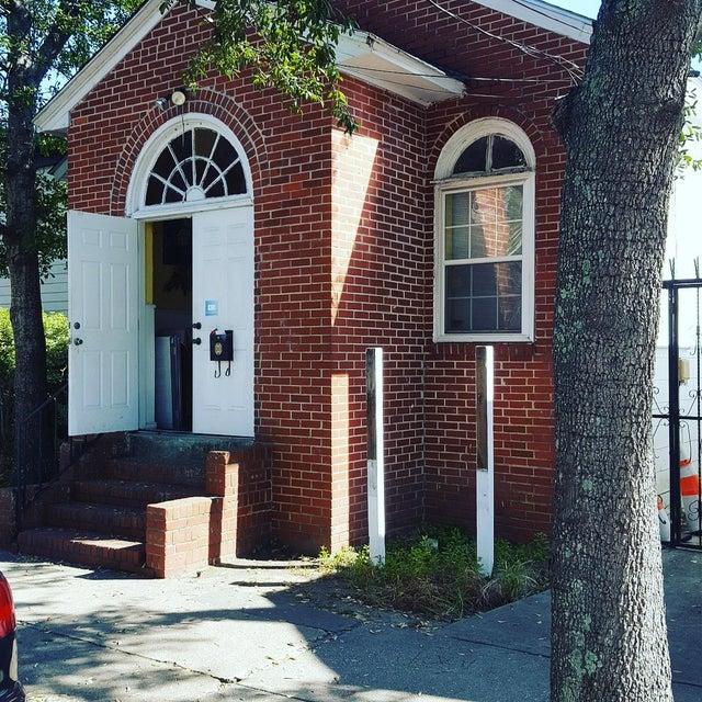 133  Congress Street Charleston, SC 29403