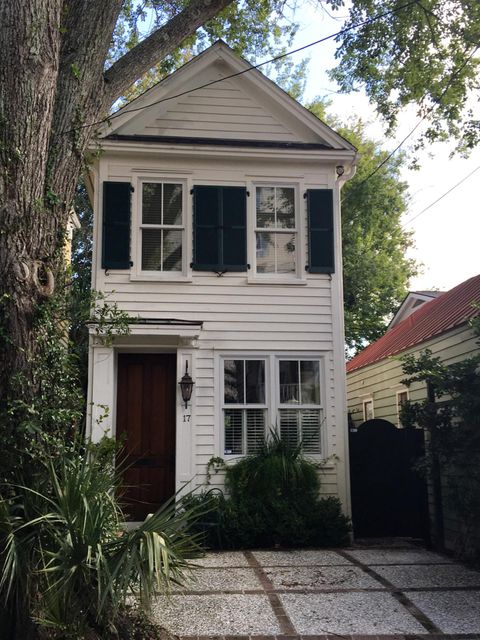 17  West Street Charleston, SC 29401
