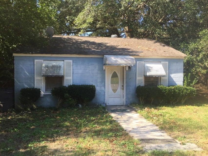5035  Alpha Street North Charleston, SC 29405