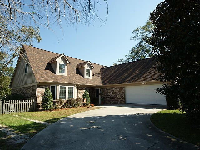 34  Hunters Forest Charleston, SC 29414