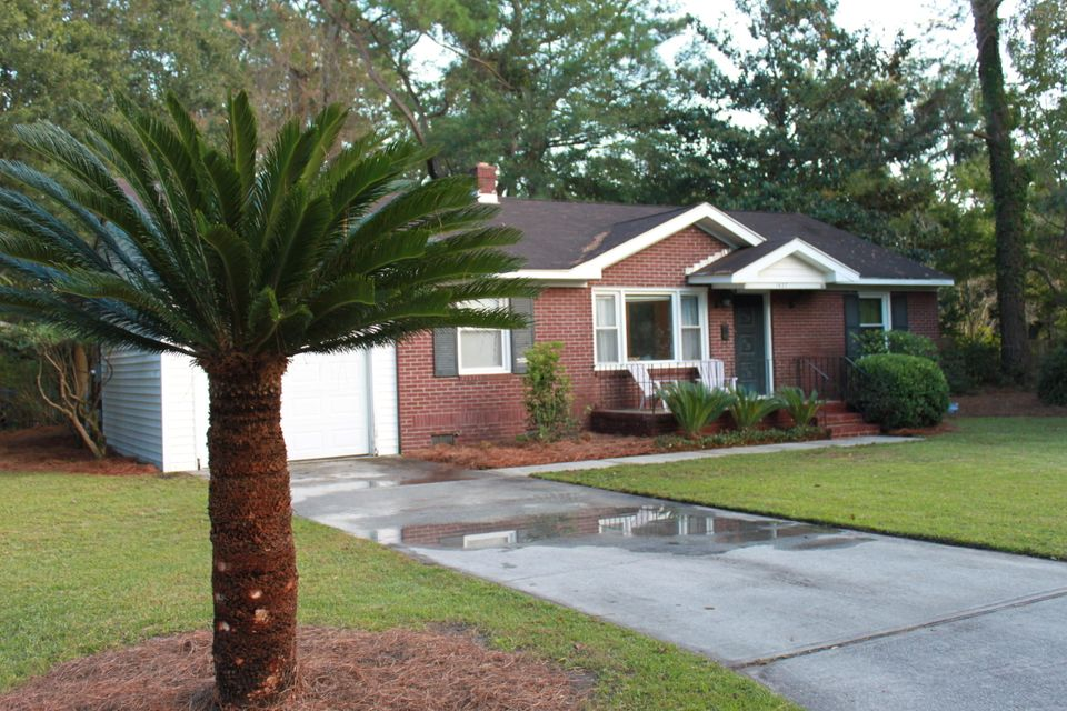 1437  Fairfield Avenue Charleston, SC 29407