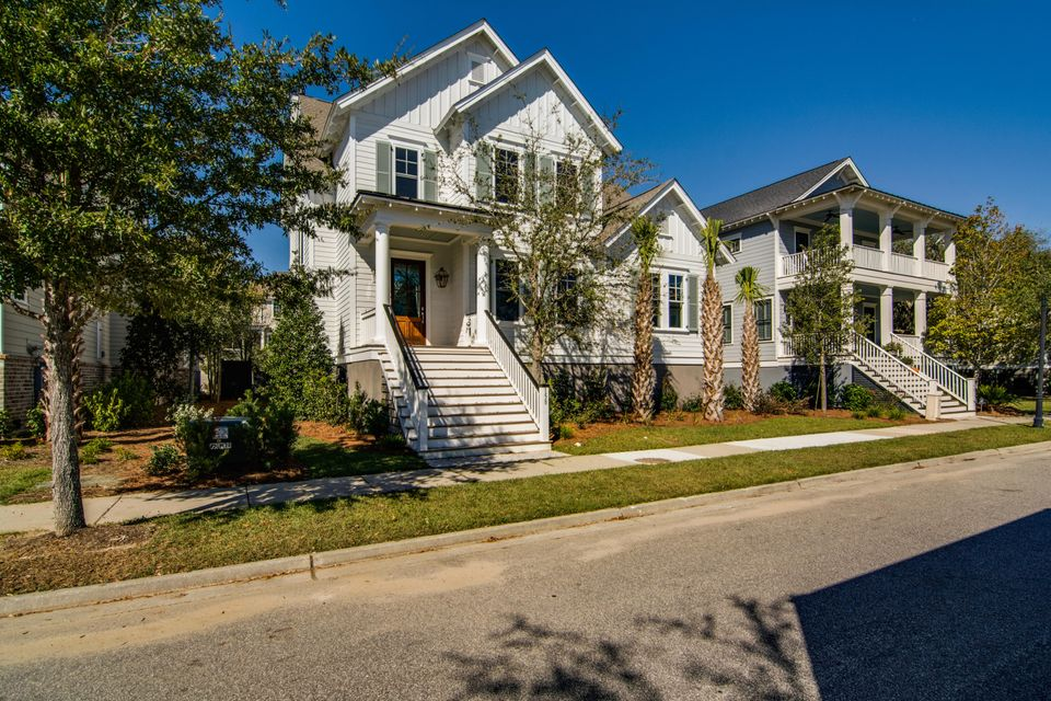 158 River Green Place, Daniel Island, SC 29492
