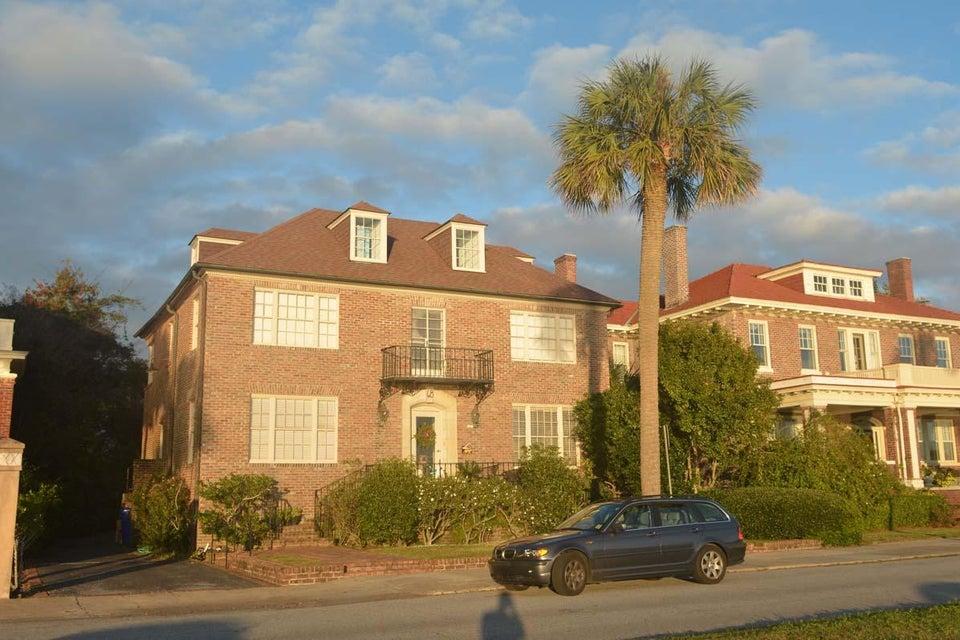 68  Murray Boulevard Charleston, SC 29401