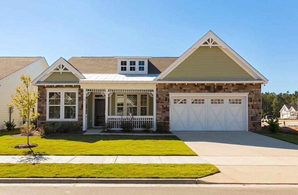 3021  Cross Vine Lane Summerville, SC 29483