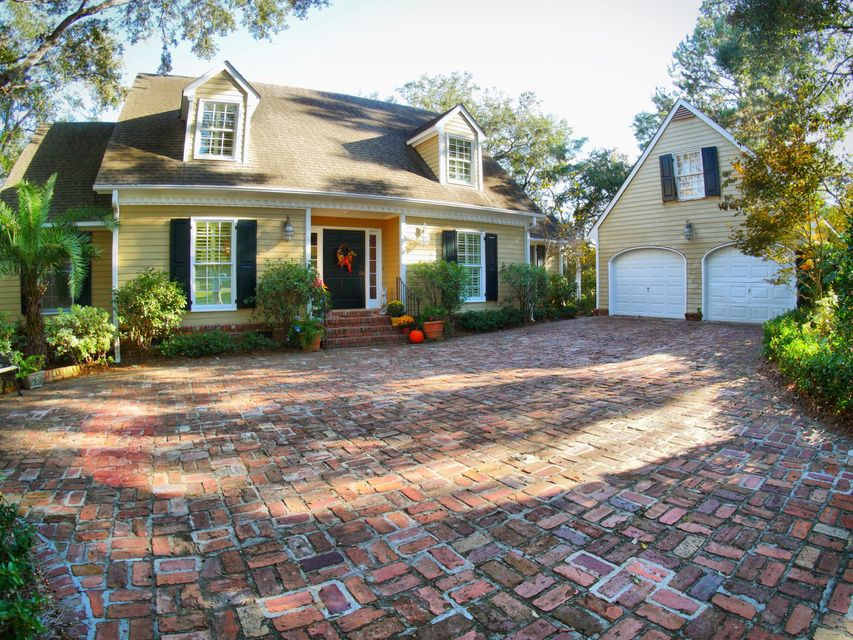 678  Marsh Point Drive Charleston, SC 29412