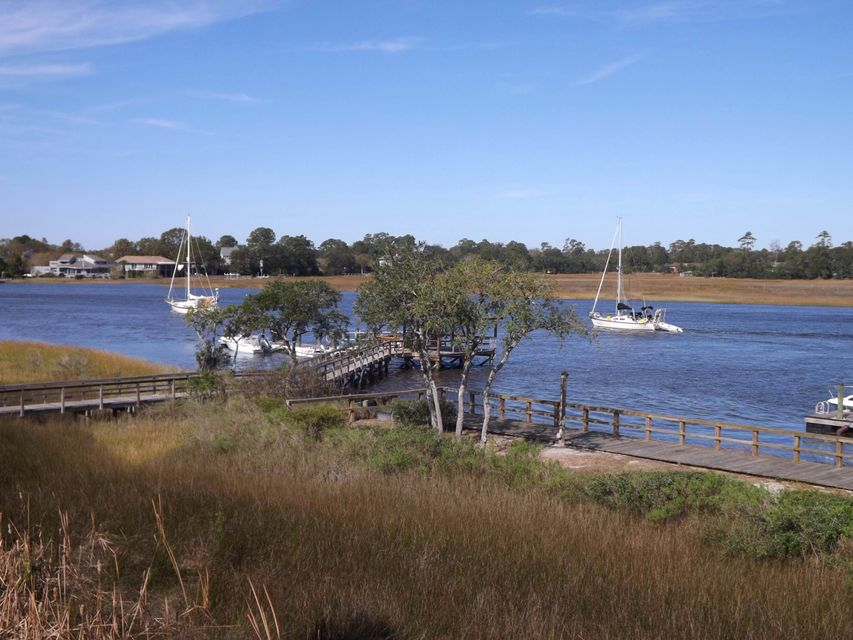 150  Wappoo Creek Drive Charleston, SC 29412