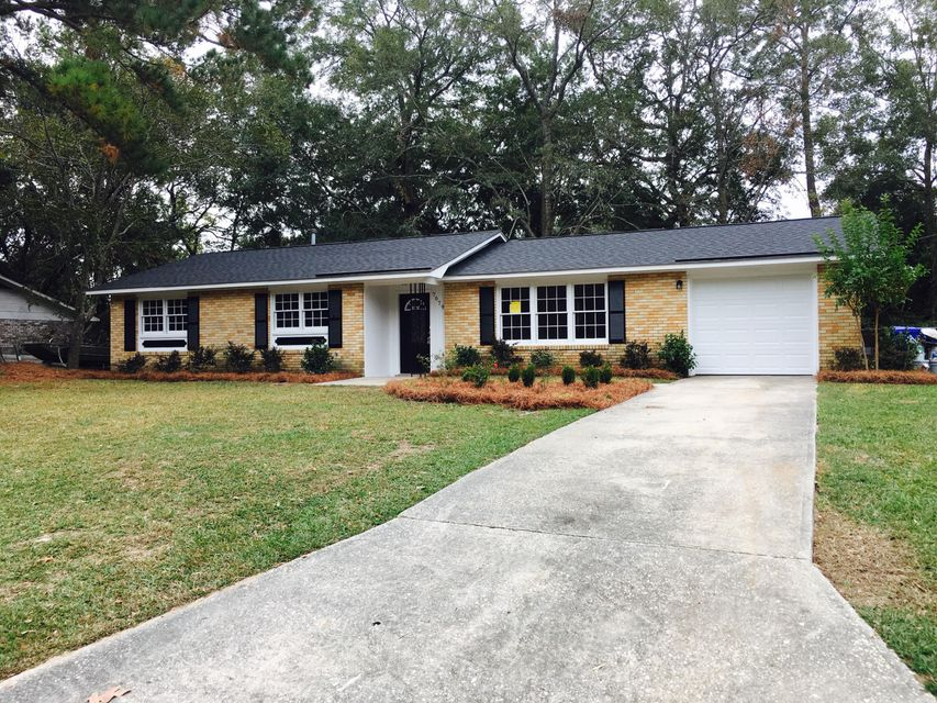 7679  Cherrywood Drive North Charleston, SC 29418