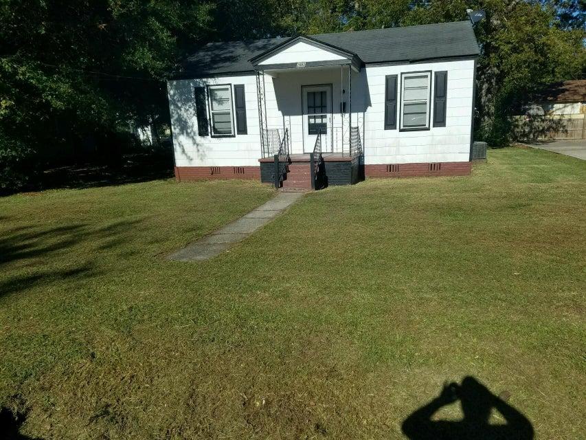 2662  Hull Street North Charleston, SC 29405