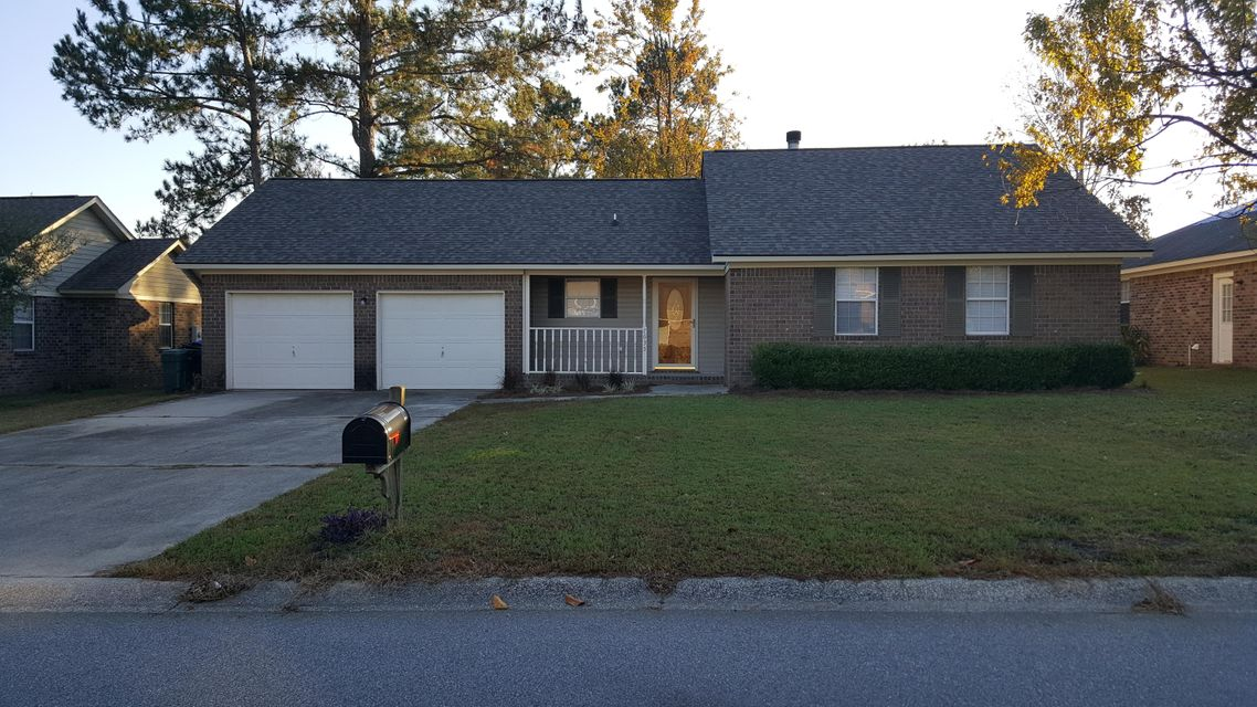 7635  Buck Pond Road North Charleston, SC 29418