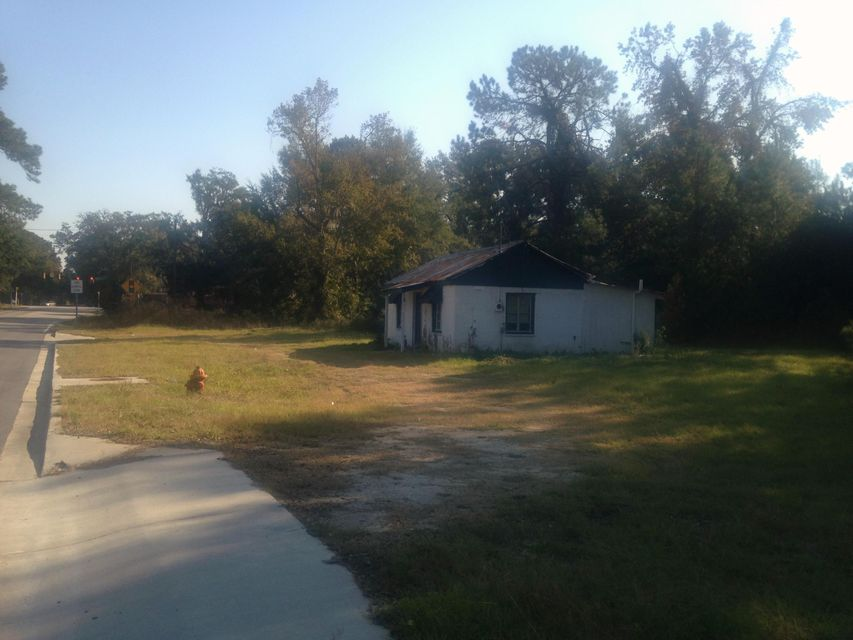 2662  Rifle Range Road Mount Pleasant, SC 29466