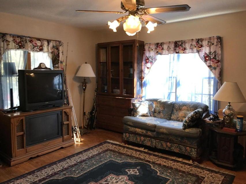 1576  Periwinkle Drive Mount Pleasant, SC 29466