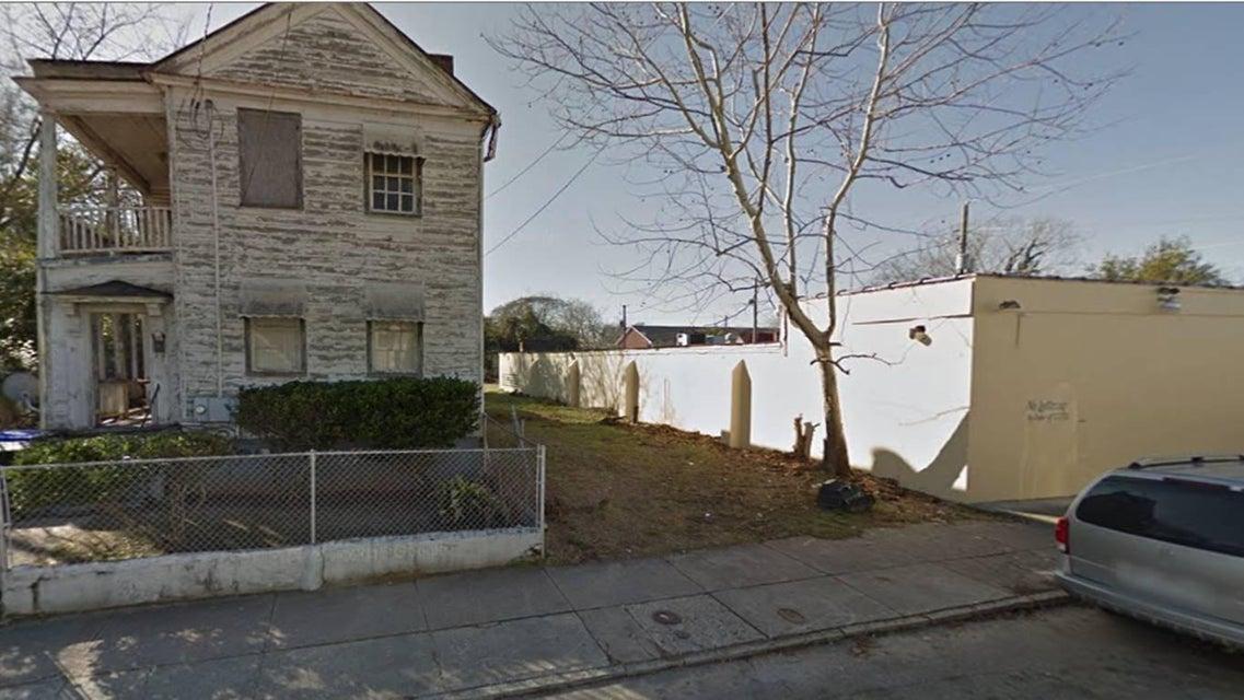 73 N Hanover Street Charleston, SC 29403