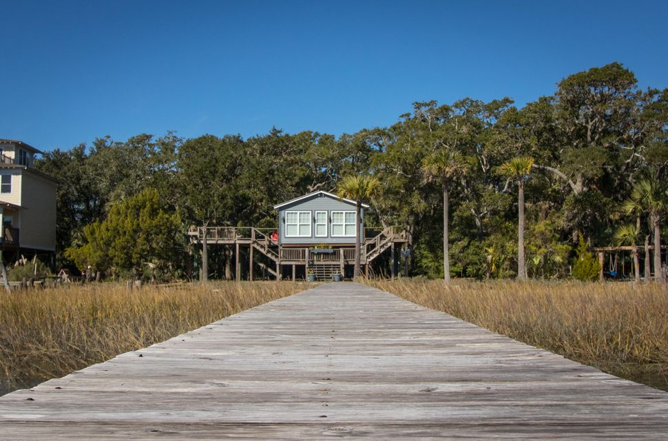 3425  Buccaneer Road Isle Of Palms, SC 29451