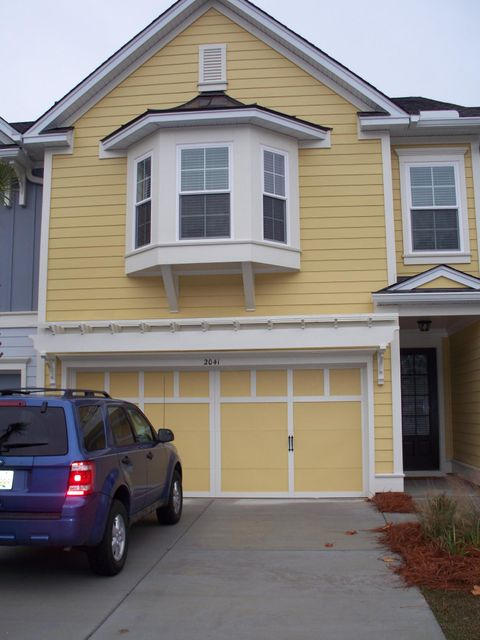2041  Kings Gate Lane Mount Pleasant, SC 29466