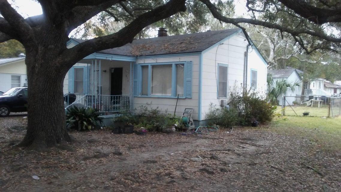 816  White Oak Drive Charleston, SC 29407