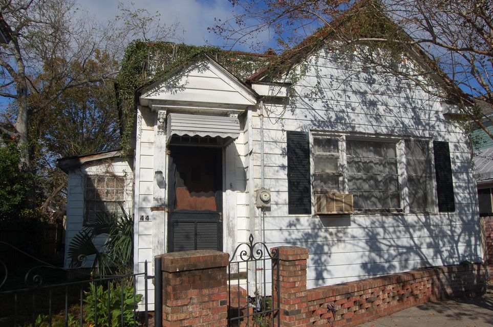 44  Kennedy Street Charleston, SC 29403
