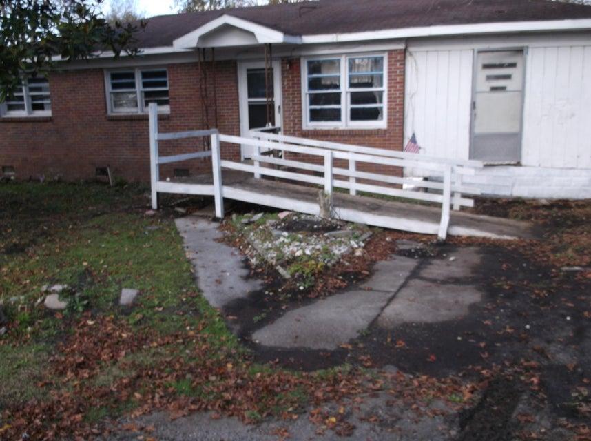 415  Sarah Drive Goose Creek, SC 29445
