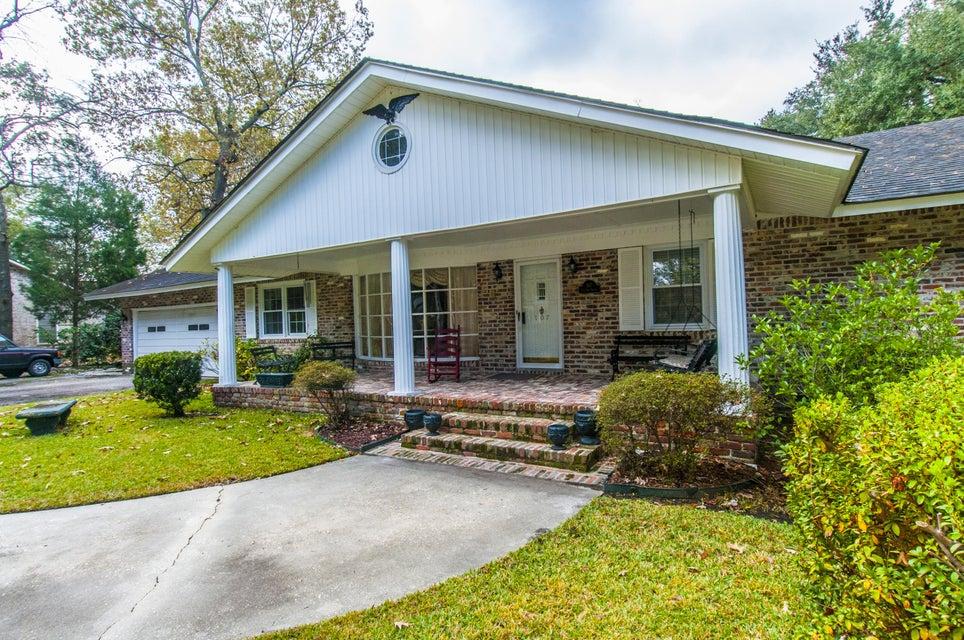 107  The Oaks Avenue Goose Creek, SC 29445